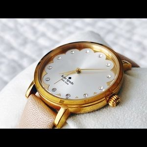 Kate Spade Scalloped Metro Watch like new